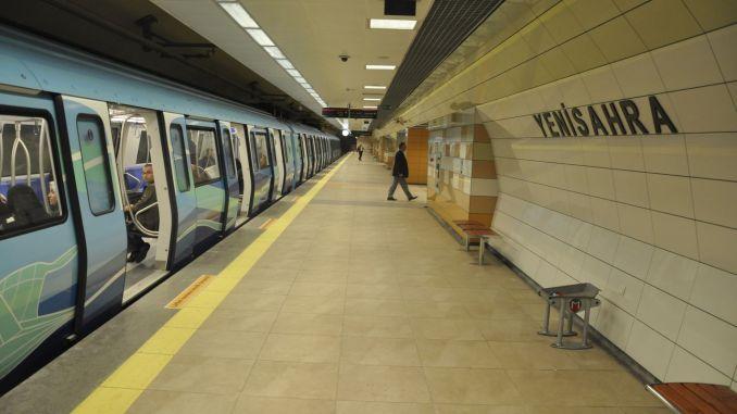 pagdili sa paggawas gikan sa iskedyul sa oras sa istanbul subat nga dalan sa metro
