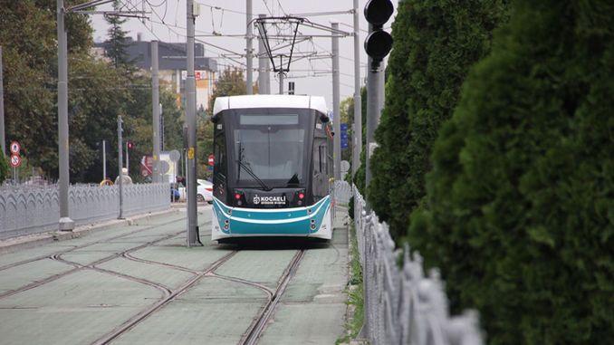 Die Straße wird für die Straßenbahnlinie des Kocaeli City Hospital gesperrt