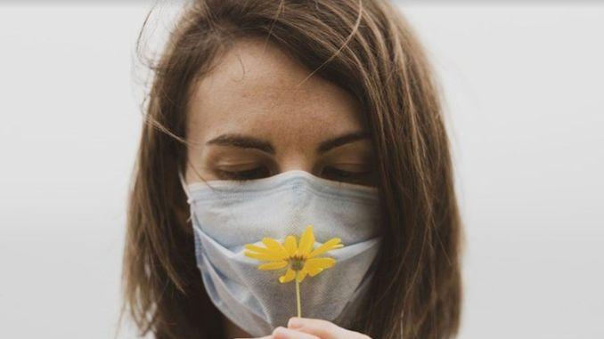 allergic rhinitis eye allergy and pollen may increase the risk of coronavirus transmission