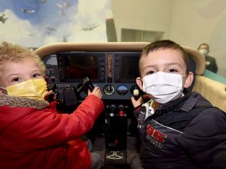 kids admired the gokmen space aviation training center
