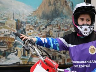 The first female athletes will represent Turkey in the world motocross championship