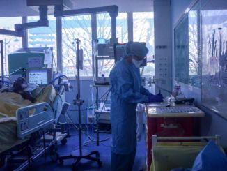 Hospitaler styrtede ned i Frankrig, masseevakuering begyndte