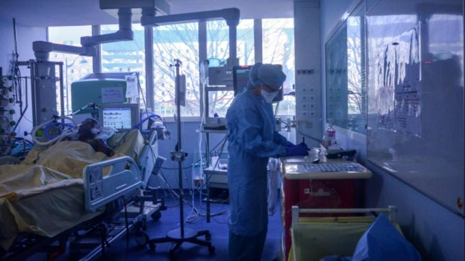 Hospitals crashed in france, mass evacuation began