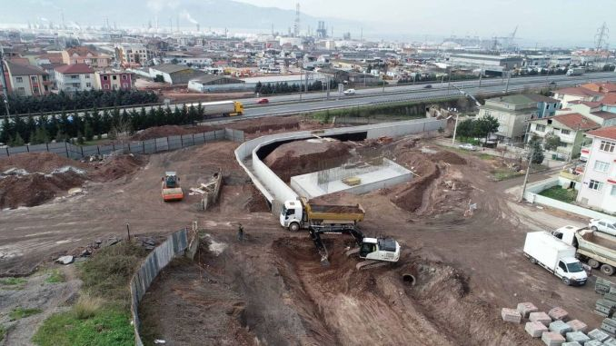 Highway crossing bridge is being built on the way that will ease access to ilimtepe