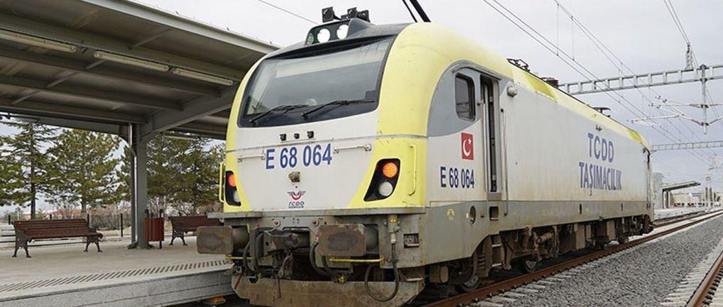 Die Probefahrten auf der Hochgeschwindigkeitsstrecke in Konya Karaman werden fortgesetzt