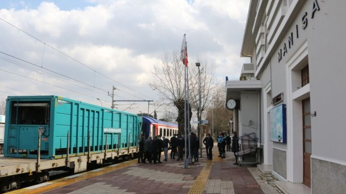 solid wastes will be transported by train to manisa, carbon emissions will be reduced