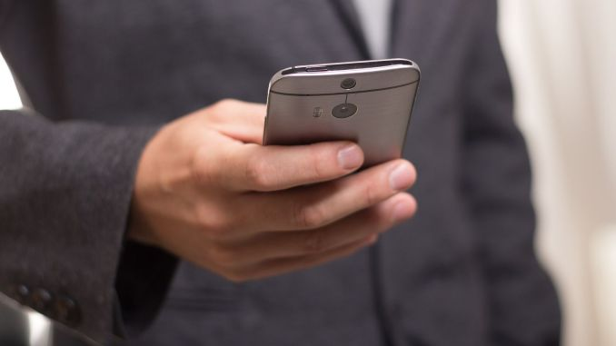 Do not be your personal data while selling your phone