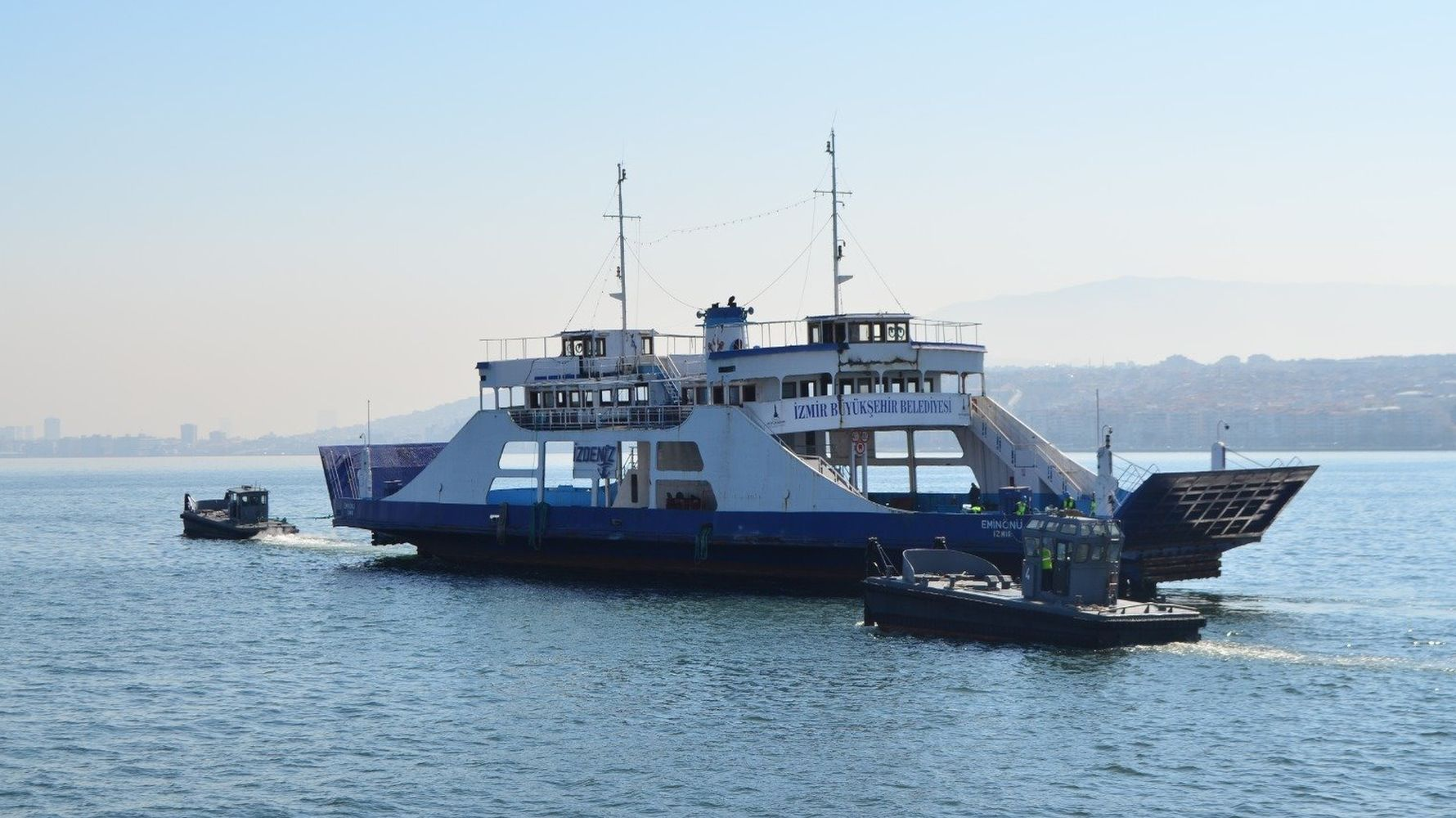 veteran Eminonu ferry will serve as a pontoon