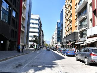 temporary traffic arrangements on izmir halit ziya boulevard