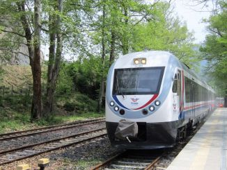 Karabuk Zonguldak train services were canceled on the weekend due to restrictions