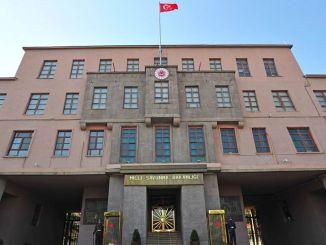 राष्ट्रीय रक्षा मंत्रालय सेवानिवृत्त एडमिरलों की घोषणा का जवाब देता है