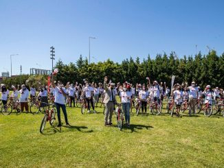 mayisin yil donumununde gonullu genclere bisiklet