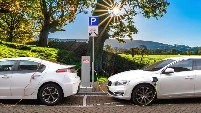 ما تريد معرفته عن السيارات الكهربائية