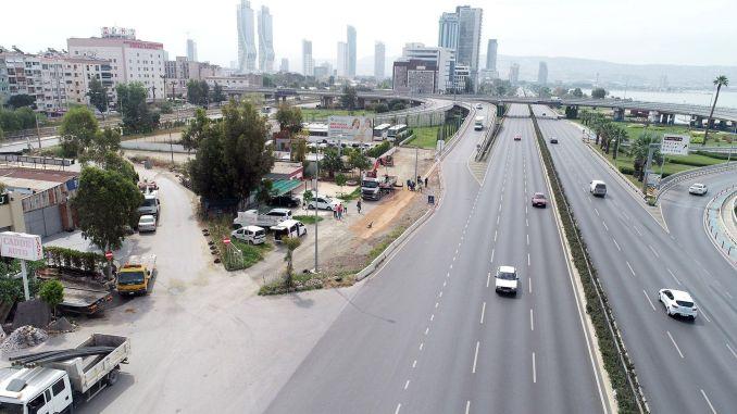 Crossroads and road arrangements to ease Izmir traffic