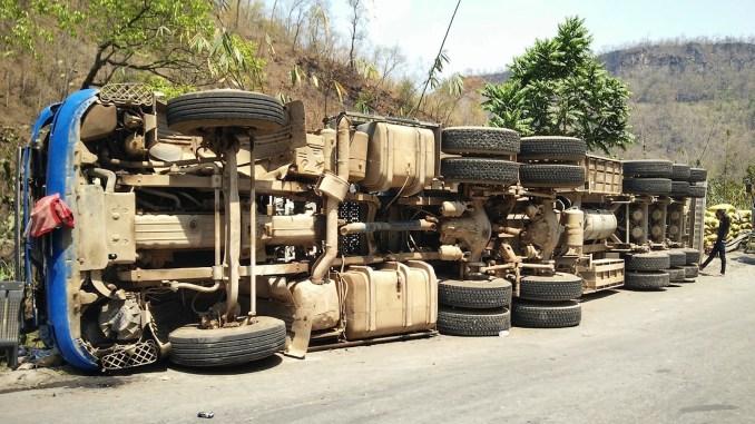 حادث شاحنة