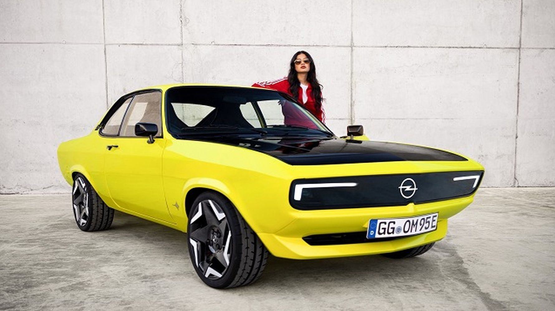 opel introduces neoclassical model manta gse electromode