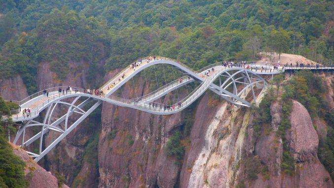 Sapņu tilts ir žilbinošs, jo tas ir apburošs