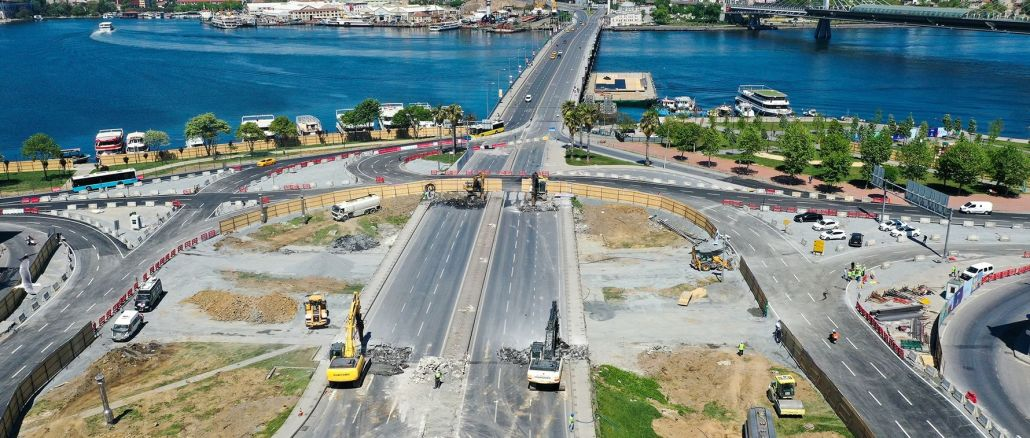 The destruction of the unkapani bridge, which has been a danger for years, is completed