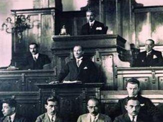 Hatay-statens uafhængighed godkendt i Tyrkiets store nationalforsamling