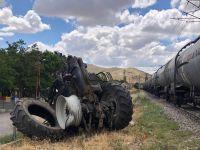 ankarada yuk treni traktore carpti yarali