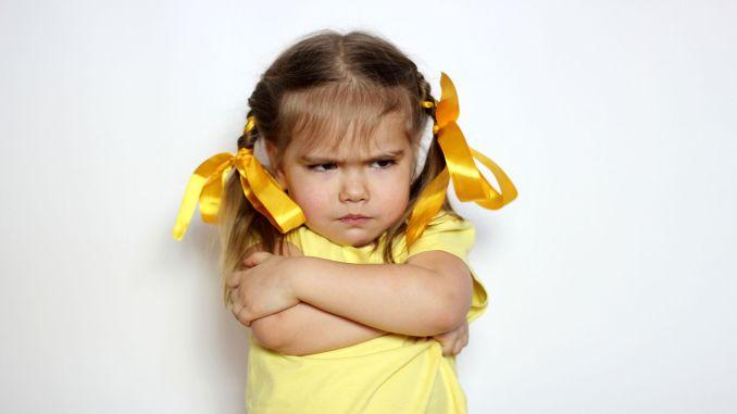 بچوں میں ضرورت سے زیادہ ضد سے بچو