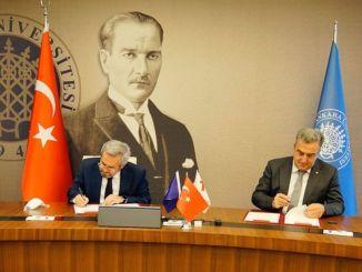 badan antariksa turki dan universitas ankara menandatangani protokol kerja sama