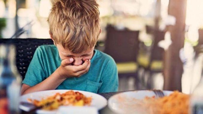 يزداد التسمم الغذائي في الصيف