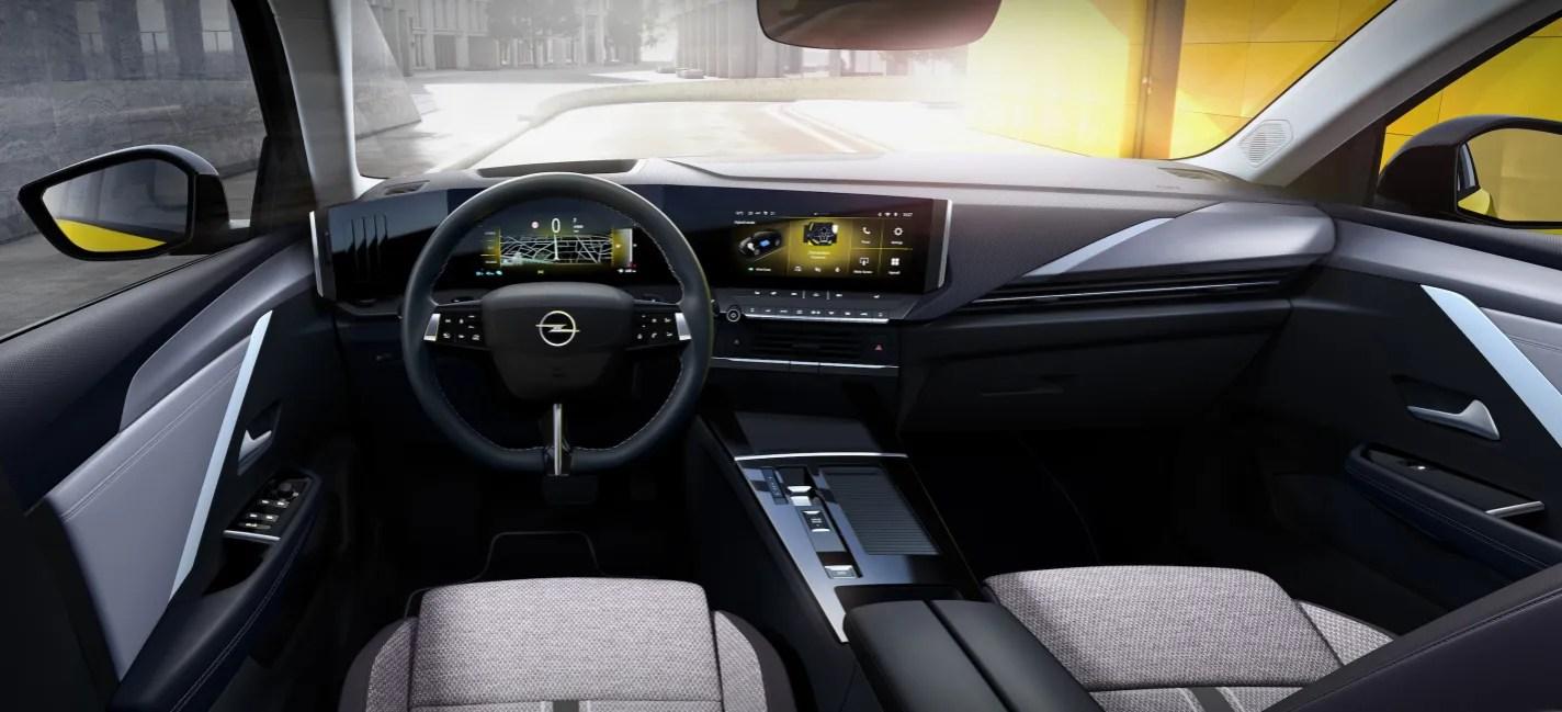 Yeni Opel Astra Kokpit