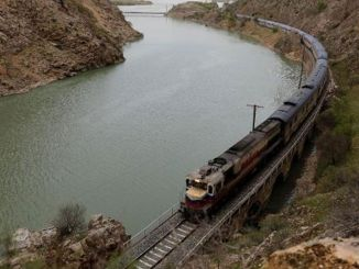 східний швидкісний поїзд здійснив перший рейс із Карстану
