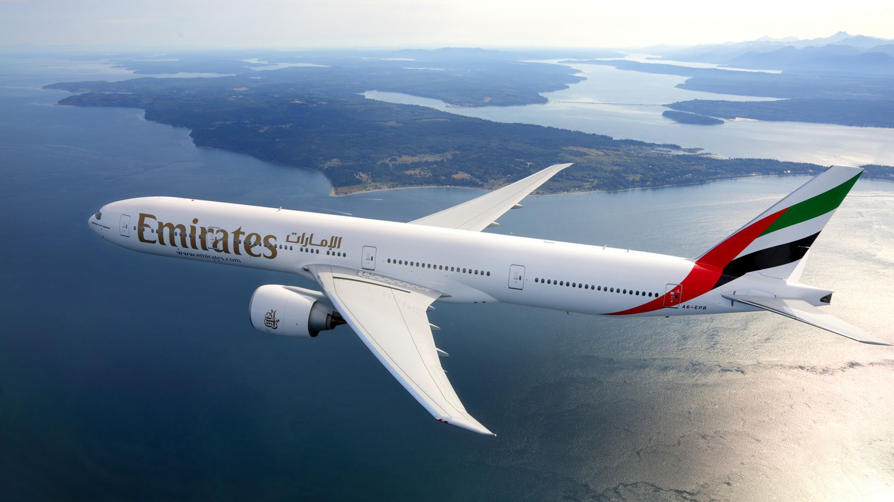 emirates restarts passenger services to mauritius