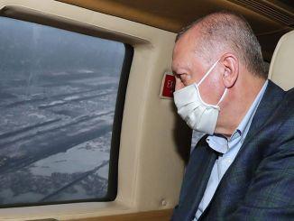 erdogan iš oro žiūrėjo į Artvin oro uostą