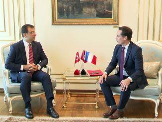 استضاف رئيس IBB إمام أوغلو الوزير المسؤول عن شؤون النقل الفرنسي ، جباري