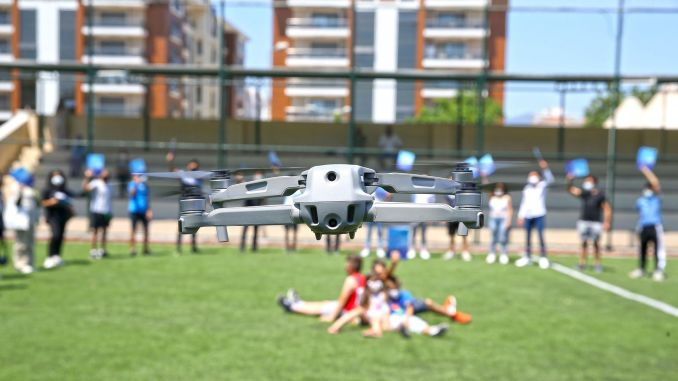 Drone training was completed in karsiyaka, the young man got a driver's license