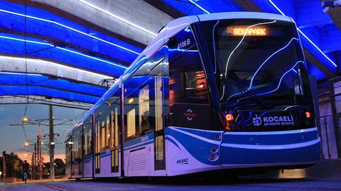 free public transportation during holiday