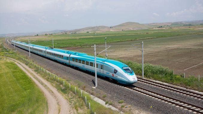 скоростной поезд внесет большой вклад в развитие карачабея.