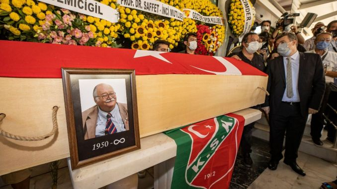 Sancar maruflu, known as izmir father, was blessed on his last journey