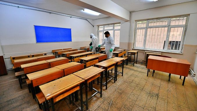 izmir buyuksehir started hygiene mobilization in schools