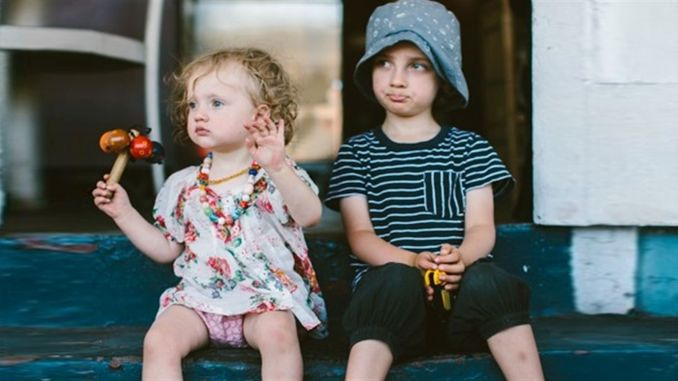 What is the ideal age difference between siblings?