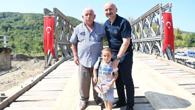 Paneelbrücke anstelle der Kumluca-Brücke für den Verkehr freigegeben