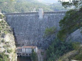 Kemer Baraji ve Hidroelektrik Santrali Isletmeye Acildi