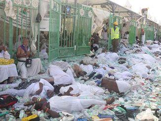 Tarihte Bugun Suudi Arabistanda Hac Sirasinda Yasanan Izdihamda Kisi Oldu