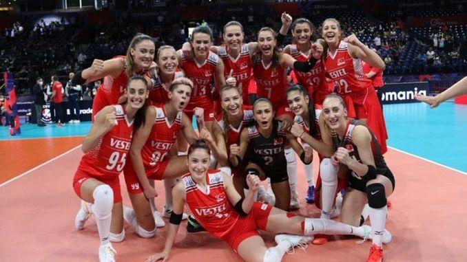 أصبح فريق الكرة الطائرة النسائي الوطني الثالث في أوروبا