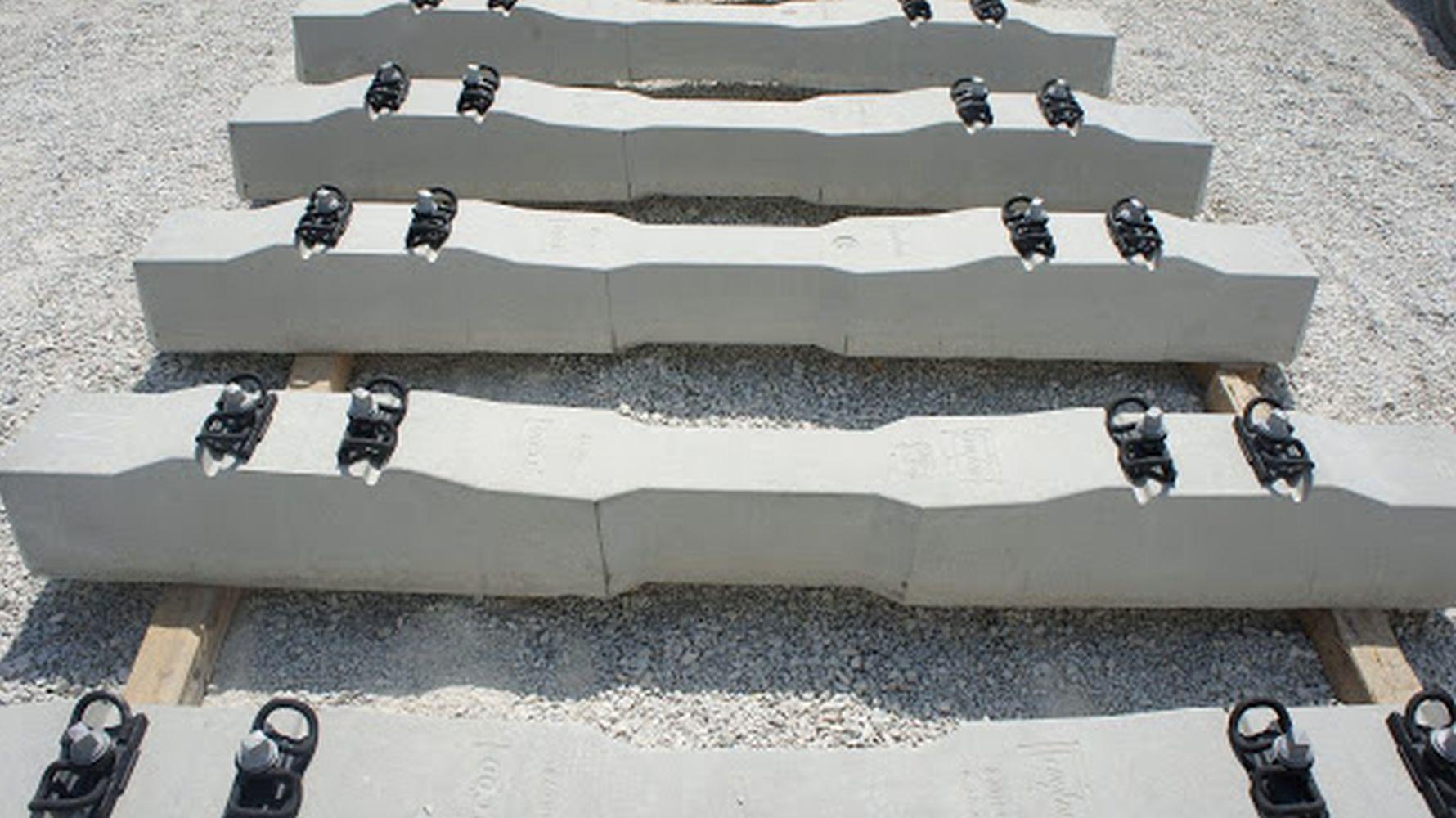 b Za proizvodnju betonskih pragova kupit će se zatezni čelik i pričvrsni materijal.