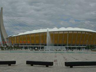 精靈送給柬埔寨一座價值百萬美元的體育場