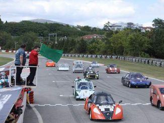 El entusiasmo final se experimentó en el desafío de la eficiencia en las carreras de vehículos eléctricos.