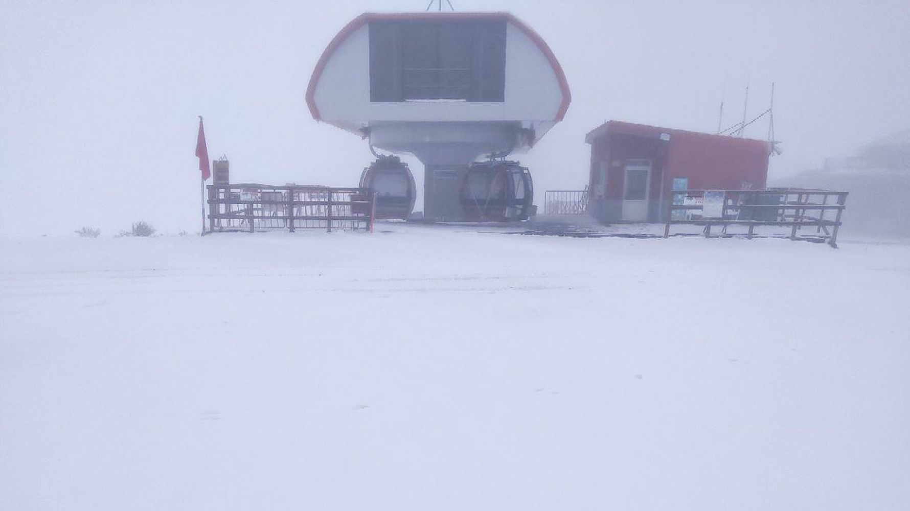Mount Erciyes turned white after the falling snow
