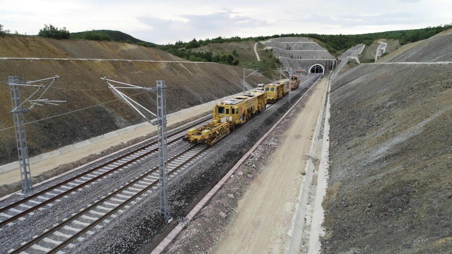 Строительное оборудование будет арендовано для использования на линии YHT Кириккале Йозгат.