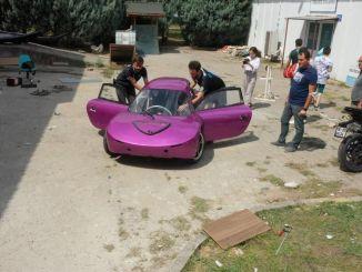 uzbuđenje na prvoj utrci u kou elektromobile timu