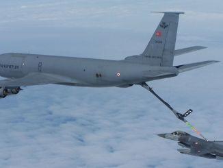 पहला आधुनिकीकृत kc r ब्लॉक टैंकर विमान प्राप्त हुआ है
