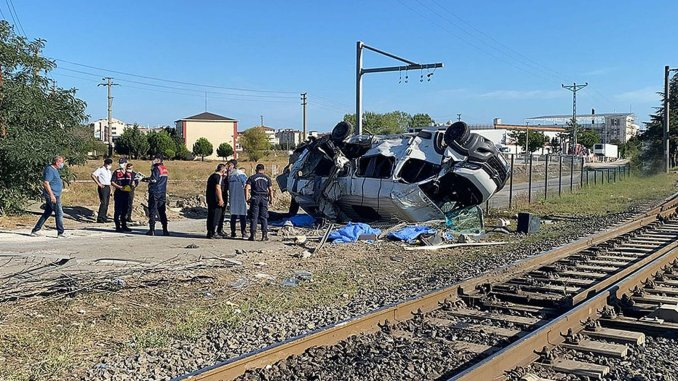 Statement from tcdd about the level crossing accident in corlu